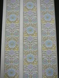 blauw paarse bloemen in 3 stroken