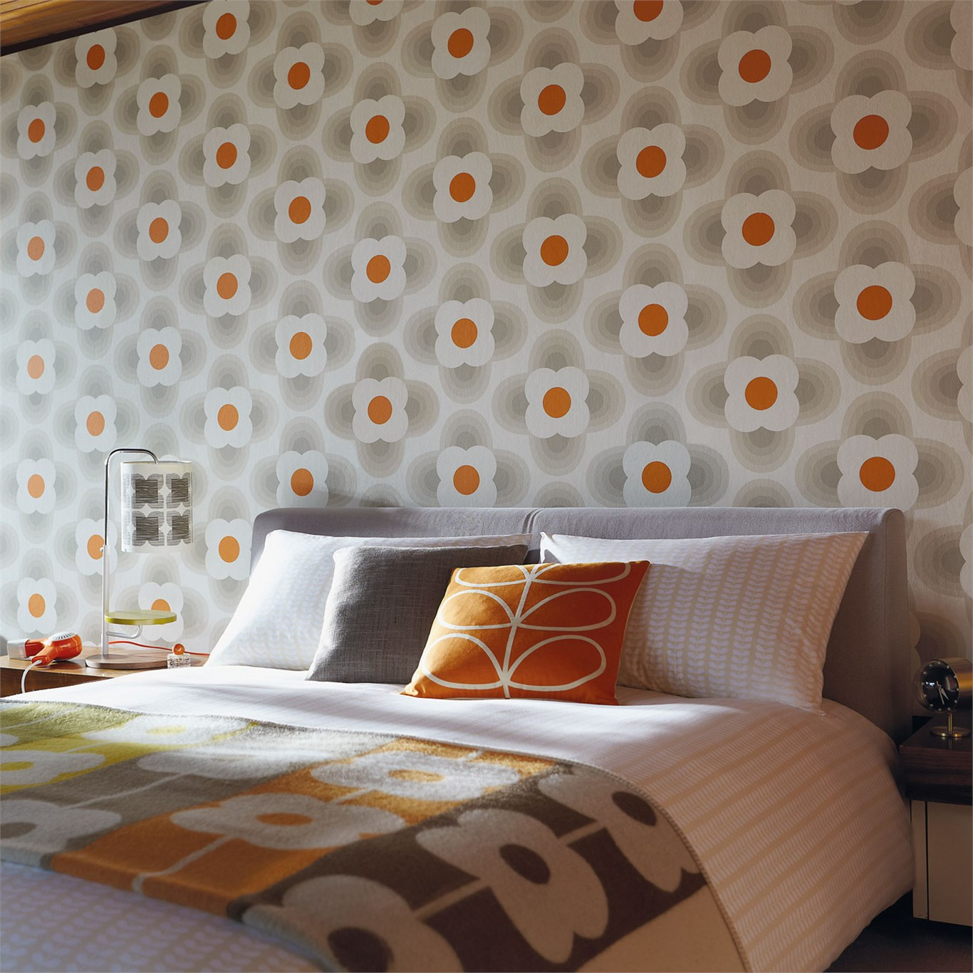 Orla kiely behang petal blauw rood funkywalls d for Modern behang