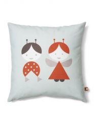 kids pillow with puppets
