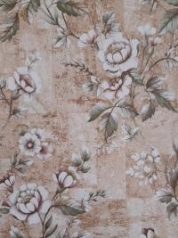 Papier peint vintage avec fleurs blanc et rose sur un fond de liège