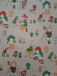 Vintage kinderbehang bruin, rood, groen en geel