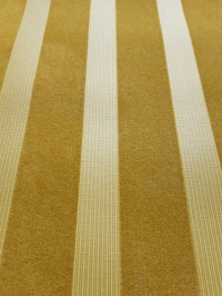 Papier peint velours lignes verticales ochres