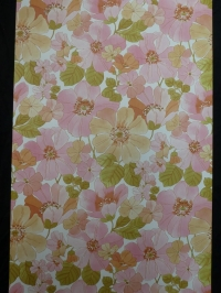 vintage bloemenbehang roze
