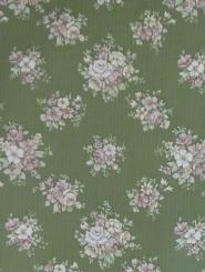 Vintage bloemenbehang met roze bloemen op een groene achtergrond