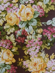 Vintage wallpaper with pink and yellow flowers