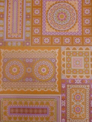 vintage geometric wallaper with purple and pink flowers